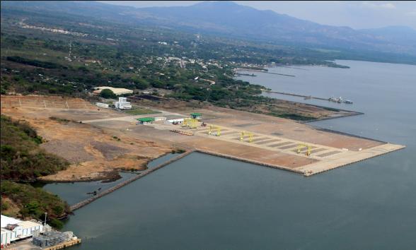 Vista aérea del puerto de La Unión Centroamericana, en el municipio de La Unión, que sería entregado en concesión a empresarios de la República Popular de China.