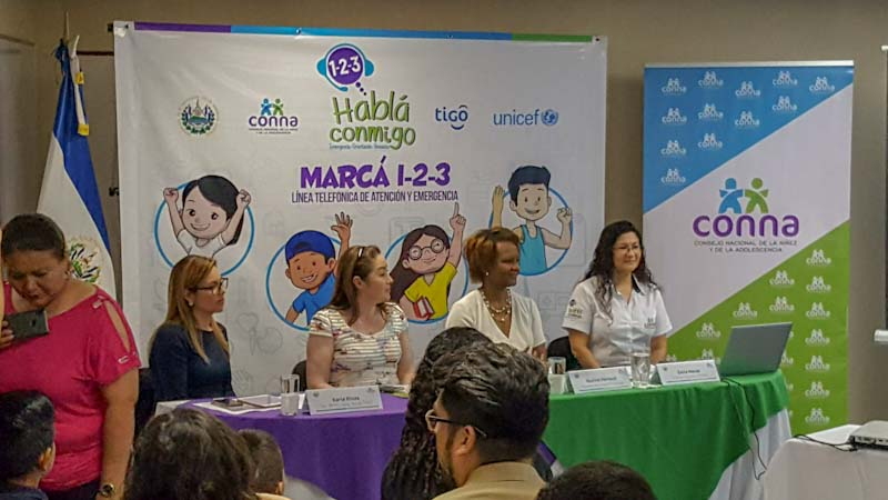 El CONNA inauguró hoy la línea 123 Habla Conmigo; lo hizo 10 años después de que le fuera recomendado por el Comité de los Derechos del Niño.
